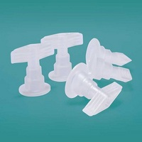 The polypropylene interface is used for the plastic infusion container